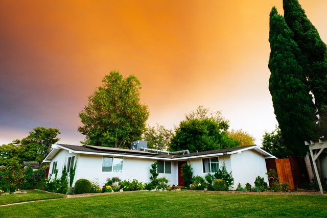 A nice home being foreclosed by a homeowners association